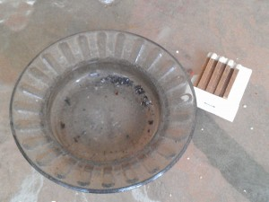 Smoking ashtray and matches
